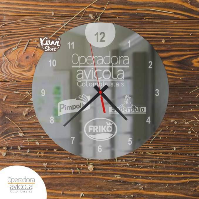 """Reloj """"Operadora Avicola..."""